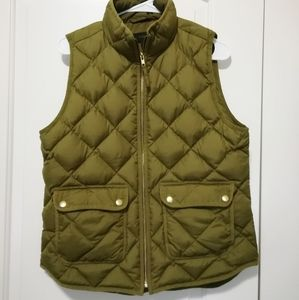 J Crew Excursion Quilted Vest Olive/Green Size M